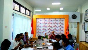 Konferensi Pers Komisi Independen Pemilihan (KIP) Kota Banda Aceh tentang Perbaikan Verifikasi Faktual Bakal Calon Perseorangan Pemilihan Gubernur/Wakil Gubernur Aceh dan Walikota/Wakil Walikota Banda Aceh Tahun 2017 di Media Center KIP Kota Banda Aceh (13/10/2016)